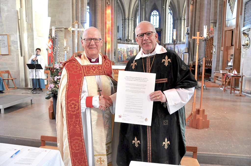 The Bishop of St Albans with the Bishop of Linköping