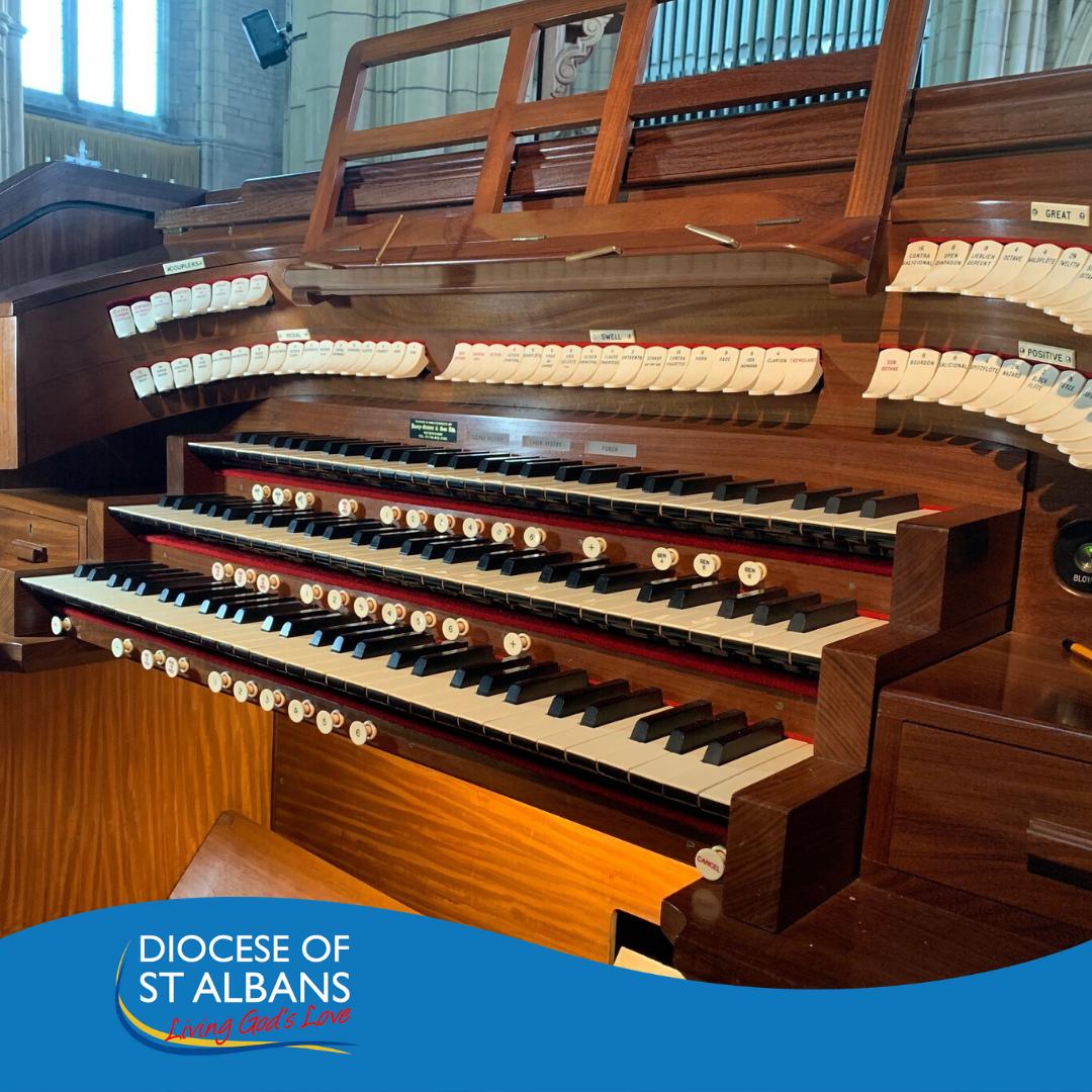 Potters Bar New Organ Console